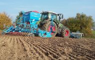 Positive and negative impact of agricultural technology